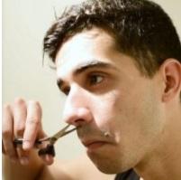 recortar vello nariz tijeras